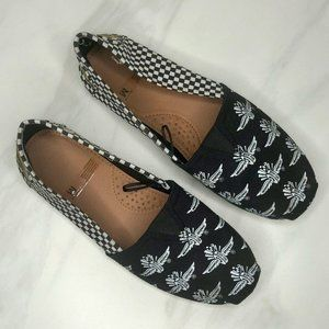 Shoes - Indianapolis Motor Speedway Slip-on Canvas Flats